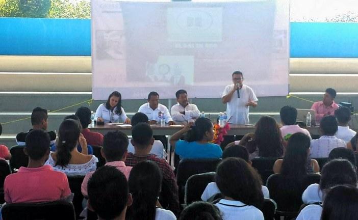 Imparte el Comisionado Joaquín Morales Sánchez conferencia en la Universidad Intercultural del Estado de Guerrero.