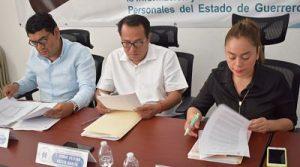 Recepciona el ITAIGro, tres recursos de revisión, que son admitidos a trámite.